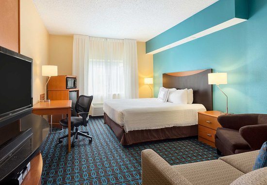 Norman, OK: Accessible Guest Room