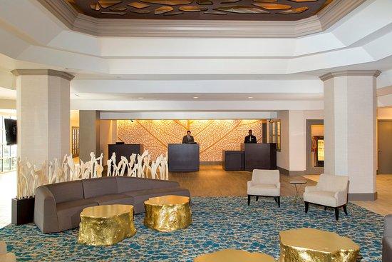 DoubleTree by Hilton Hotel Deerfield Beach - Boca Raton: Hotel Lobby