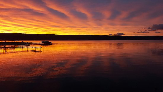 Hammondsport, Νέα Υόρκη: The View Alone from the Beach on Lake Keuka