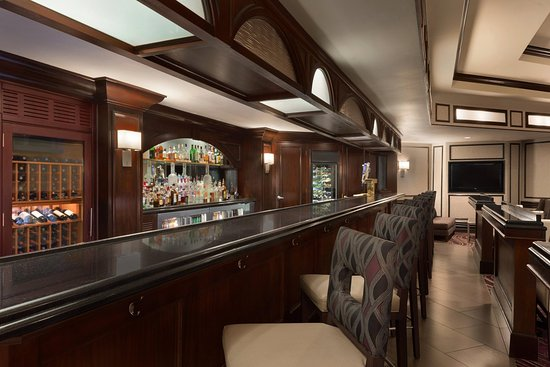 Frontenac, MO: Provinces Grille Bar