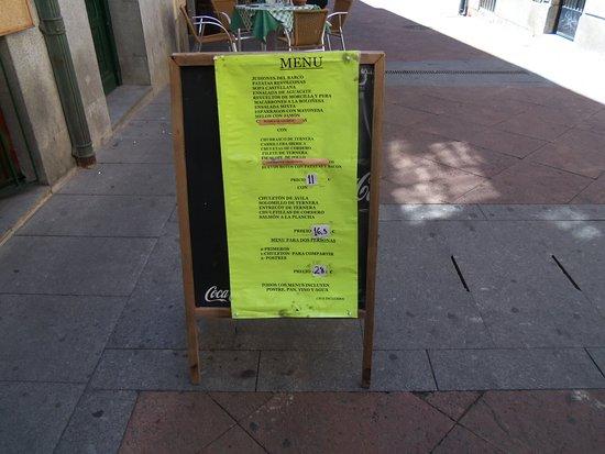 La Alacena: Cartel del menú