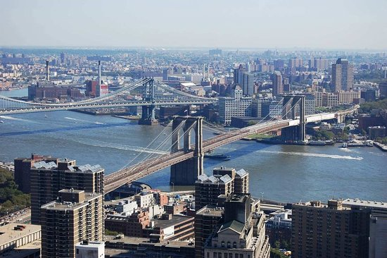 Millenium Hilton: Brooklyn & Manhattan Bridge