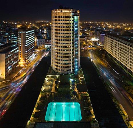 Hilton Nairobi: Exterior