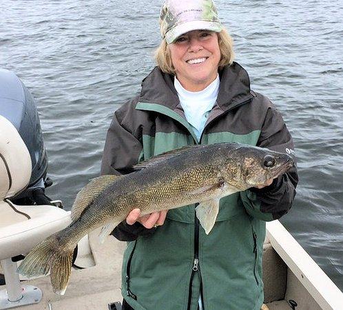 Kabetogama, MN: Nice walleye!