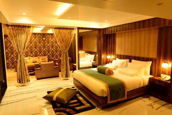 HOTEL SHOOLIN GRAND (Guwahati, Assam) - Hotel Reviews