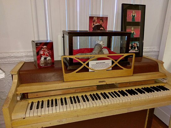 Augusta, KY: Rosemary Clooney's gloves and rehearsal piano (that she used with Bing Crosby!).
