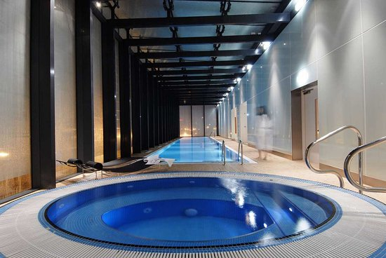 Indoor Swimming Pool Picture Of Hilton Manchester Deansgate Manchester Tripadvisor