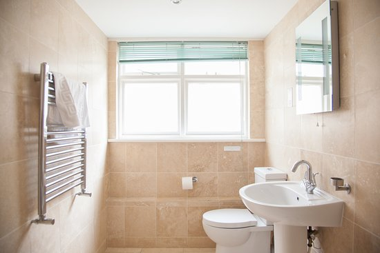 Lamorna, UK: Apartment 9- Bathroom,
