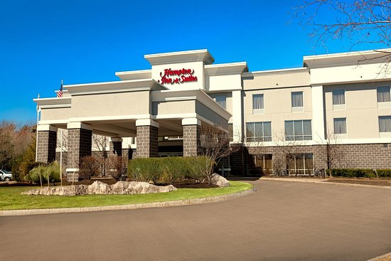 Hampton Inn & Suites Wells-Ogunquit: Hotel Exterior