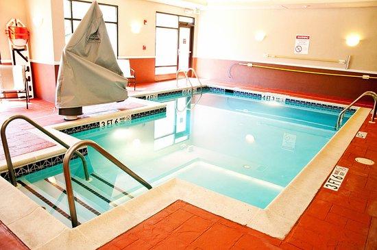 Warrington, Pensilvania: Accessible Indoor Pool