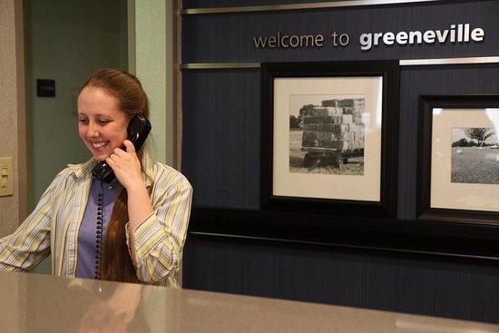 Greeneville, TN: Hampton Inn Front Desk