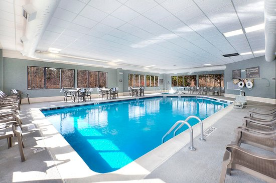 Indoor Pool Picture Of Hampton Inn Traverse City Traverse City Tripadvisor