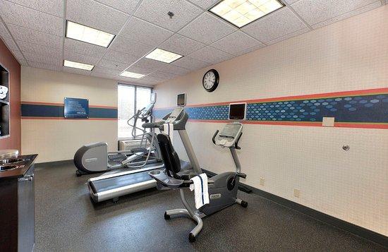 Hampton Inn Traverse City: Fitness Room