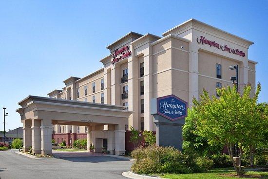 Welcome to the Hampton Inn & Suites Burlington