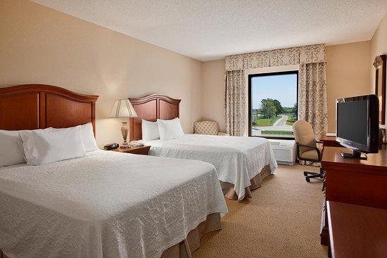 Dunn, Karolina Północna: Queen Guestroom