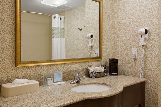 Dunn, Karolina Północna: Standard Bathroom