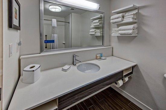 Newberry, Южная Каролина: Bathroom