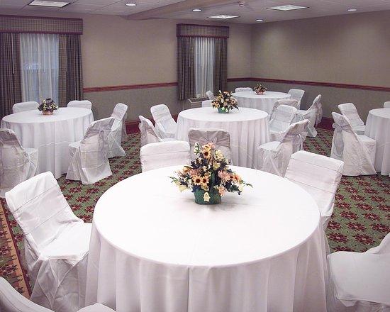 เปโตสกี, มิชิแกน: Banquet Room