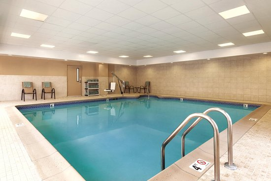 Hampton Inn & Suites Greenfield: Indoor Pool
