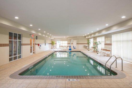 Kingston, NY: Indoor Salt water Pool