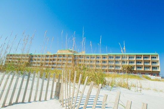Hampton Inn Pensacola Beach: Exterior