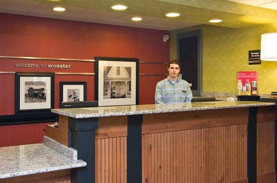Wooster, OH: Front Desk