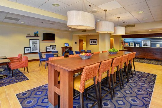Hampton Inn DeBary/Deltona: Seating Area