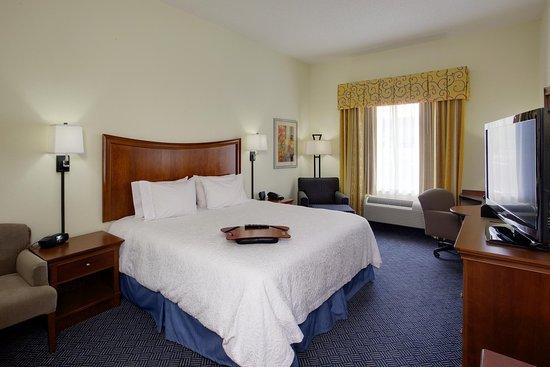 Pine Grove, PA: Standard King Bedroom