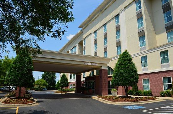 Pineville, Carolina do Norte: Hotel Exterior