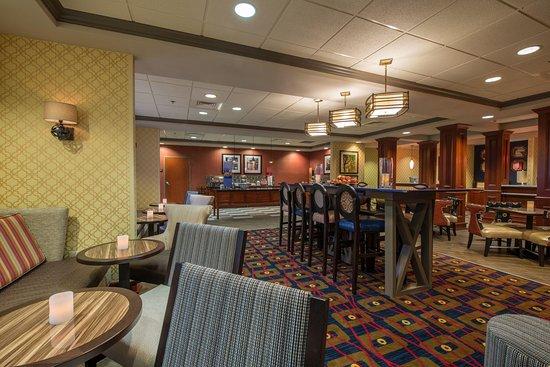 Easley, SC: Lobby Communal Seating