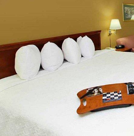 Frazer, PA: King Bed