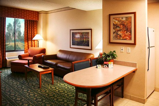 Hampton Inn and Suites Dallas Mesquite
