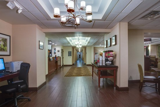 Hampton Inn Daytona/Ormond Beach: Lobby
