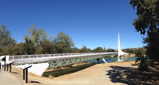 Sundial Bridge: photo2.jpg