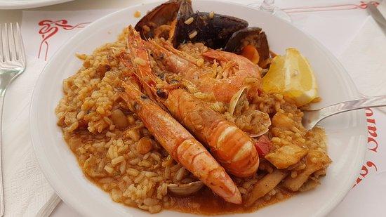 El Pirata Viejo: Паэлья с морепродуктами