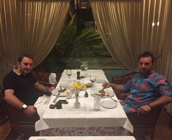 Beyti Restaurant: Bu konsepte uygun Türkiyede gelebileceğiniz en uygun yer kaliteli insanları birarada göreceksini
