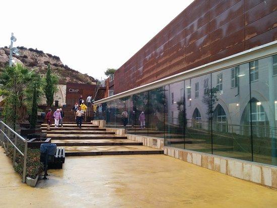 Museo de la Muralla Punica: IMG_20161013_094802_large.jpg