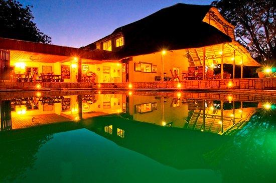 Kubu Safari Lodge: Pool