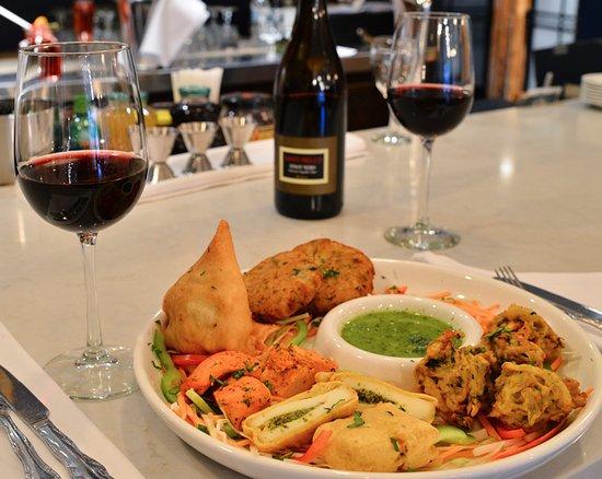assiette de dégustation - cuisine indienne - picture of sandhu