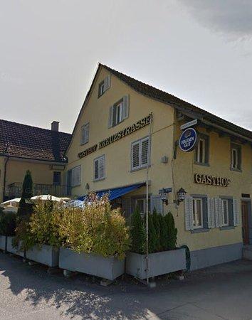 Bassersdorf, Ελβετία: Restaurant von Effretikon herkommend