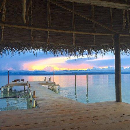 Casa Cayuco: Enjoy sunsets on the dock