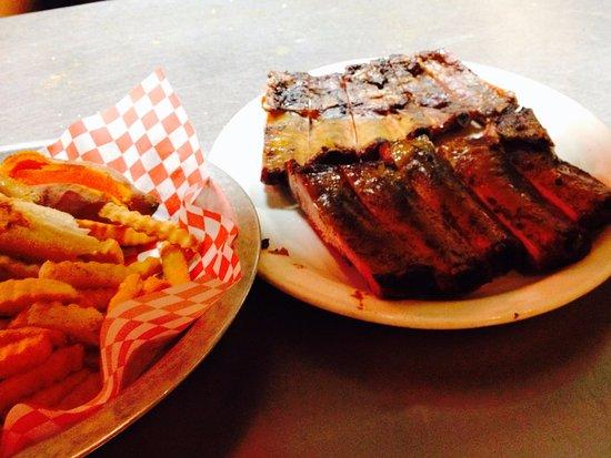 Photo of American Restaurant Rob's Family BBQ at 8990 W State Road 84, Davie, FL 33324, United States