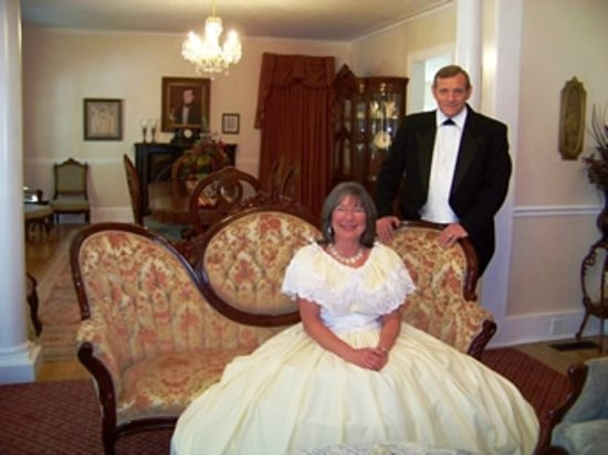 The McNutt House - Suites and Tour Home: McNutt House owners