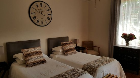 Caledon, Güney Afrika: En-Suite Room with 2 single beds (Room 2)