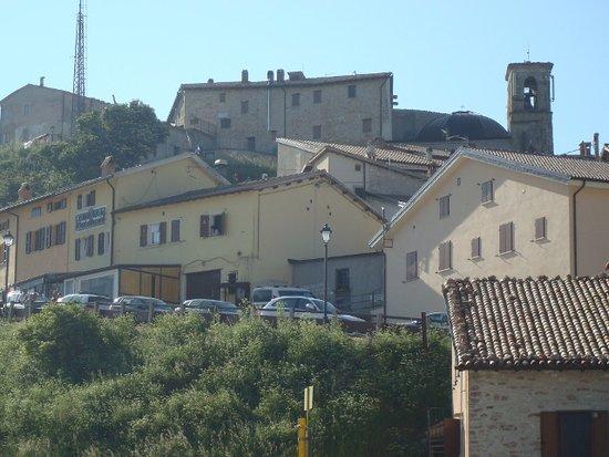 Umbria, إيطاليا: Vista sull'abitato a luglio 2016