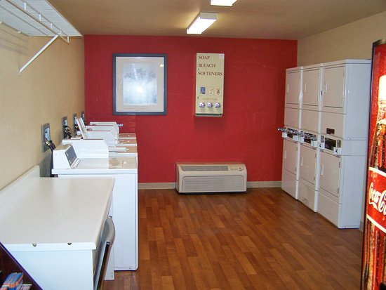 Woodbury, MN: On-Premise Guest Laundry