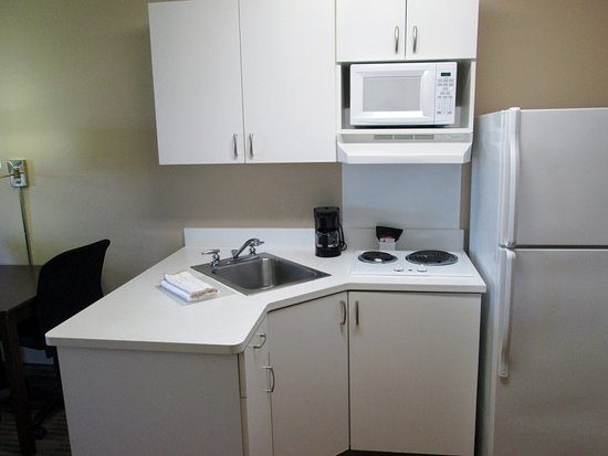 Extended Stay America - Dallas - Lewisville: Fully-Equipped Kitchens