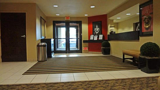 Extended Stay America - Houston - I-10 West - Citycentre: Lobby and Guest Check-in