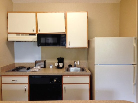 Extended Stay America - Boston - Peabody: Fully-Equipped Kitchens