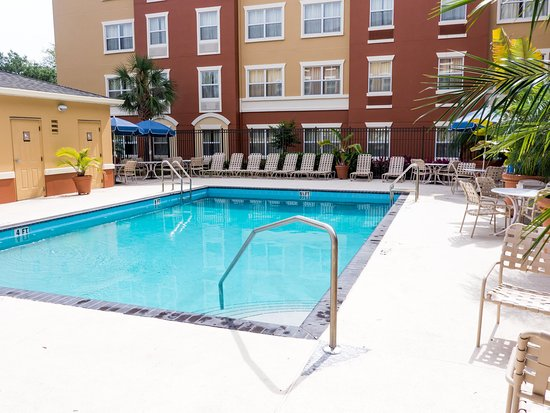 Extended Stay America - Orlando - Convention Ctr - 6443 Westwood : Swimming Pool